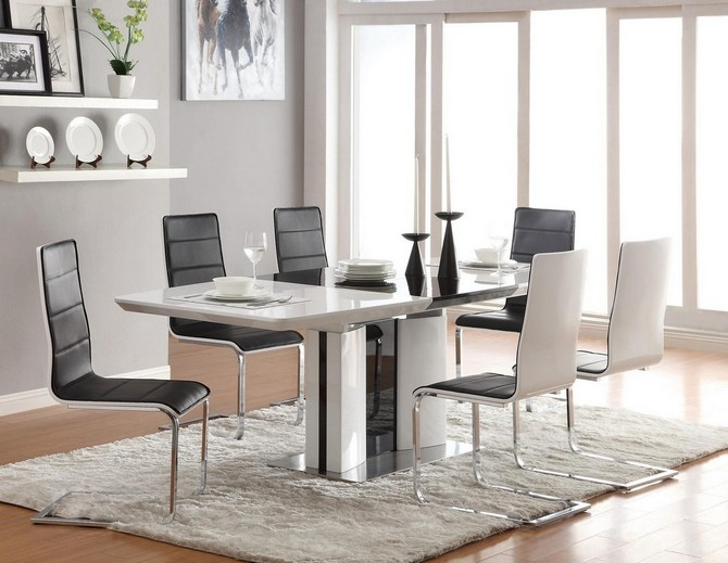 Tips on when you should use white contemporary rugs contemporary rugs How you should use white contemporary rugs A simple white rug as the key element in a modern dining room