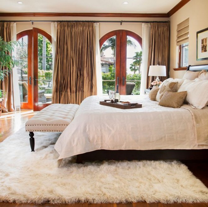 Tips on when you should use white contemporary rugs contemporary rugs How you should use white contemporary rugs Chic look with a white carpet under bed