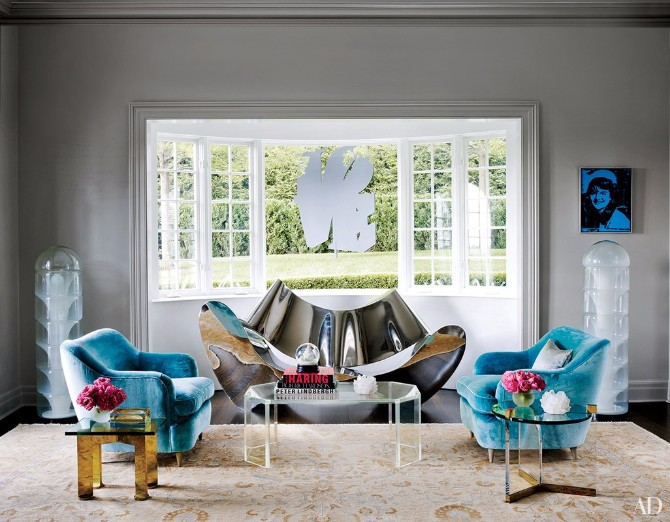 Living Room Rugs: 10 Smashing Ideas In Architectural Digest living room rugs Living Room Rugs: 10 Smashing Ideas In Architectural Digest 10 Smashing Living Room Rugs In Architectural Digest 10