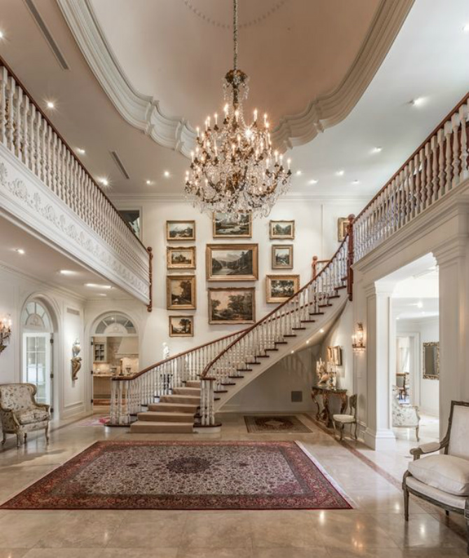 5 Magestic Hallway Rugs that will Welcome Luxury to your Home hallway rugs 5 Magestic Hallway Rugs that will Welcome Luxury to your Home e37237e4c1fe3cc3e3493f8f988d8032