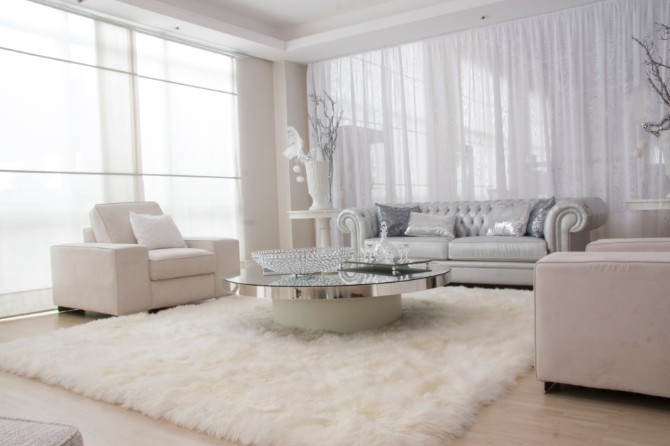 Why you need a rug to create a Luxury design luxury modern rugs Luxury Modern Rugs: Why you need a rug to create a Luxury design Luxury Furry Rug Design In Modern White Living Room