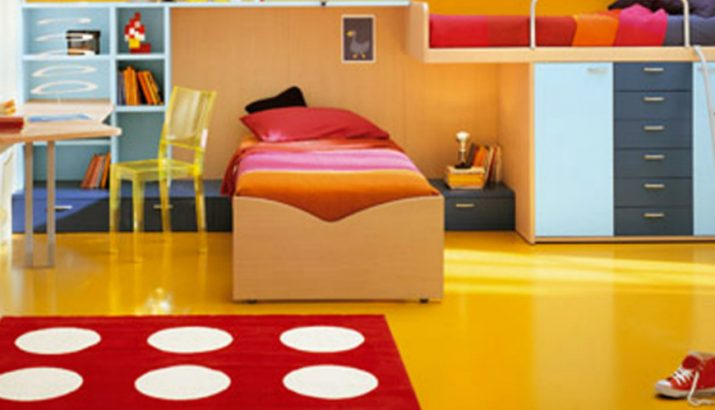 Use colorful rugs to make the best bedroom decoration to your kids!